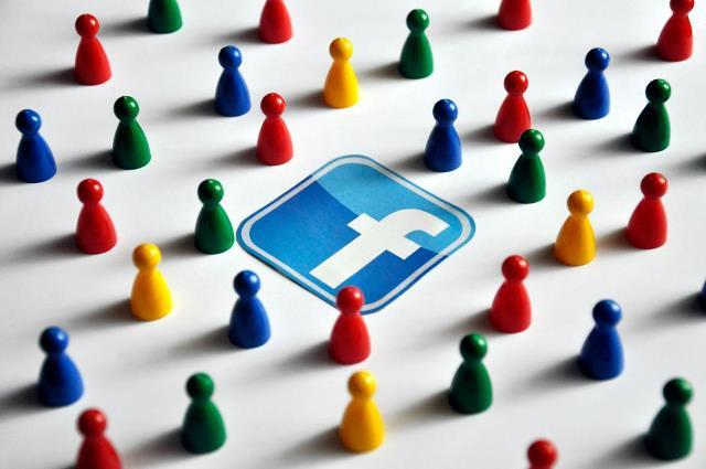 Facebook-networking